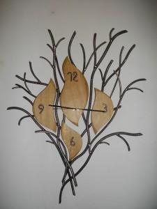 idée cadeau horloge bois massif et métal