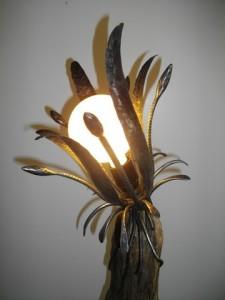 lampe bois flotté et fer forgé détail lampe