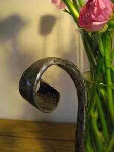 vase st valentin en fer forgé